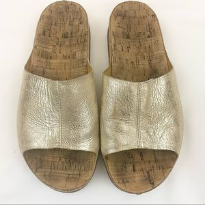 Kork-Ease Tutsi Gold Metallic Slides